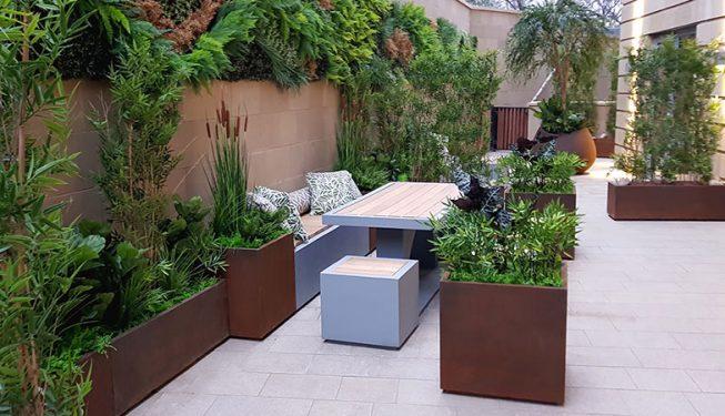 Donaldson Commercial Table & Plants