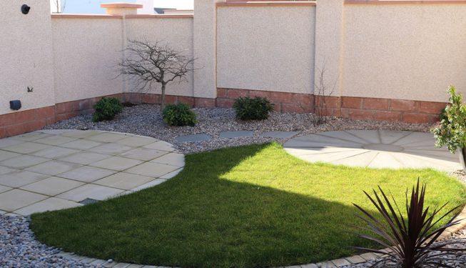 Small Circular Designed Garden